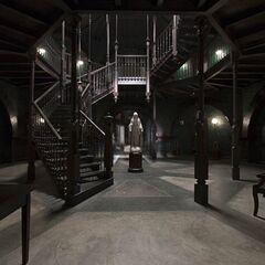 American horror story asylum 2x01 opening scene1489947839 - 3 8