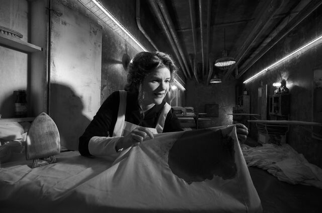 File:American-Horror-Story-Hotel-Mare-Winningham-as-Ms.-Evers-300x198.jpg