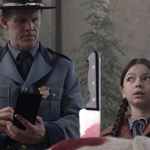 Дженни врет полиции после убийства матери