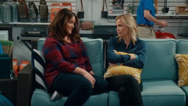File:American Housewife S02E15.jpg