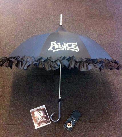 File:Madness Returns - Pocket Watch and Umbrella.jpg
