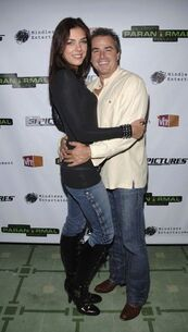 Hugging-time-for-Adrianne-Curry-Christopher-Knight