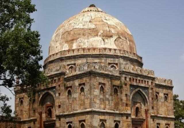 File:10893923-large-ancient-dome-bara-gumbad-tomb-lodi-gardens-new-delhi-india-tomb-of-significant-figure-in-lodi-.jpg