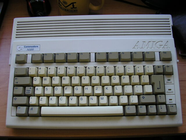 File:Amiga600-5418.jpg