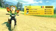 Mii usando un traje desbloqueado con un amiibo en Mario Kart 8