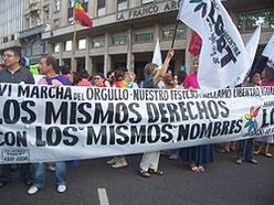 250px-Marcha-orgullo-buenos-aires
