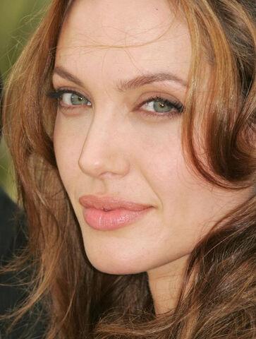 File:Angelina.jpg