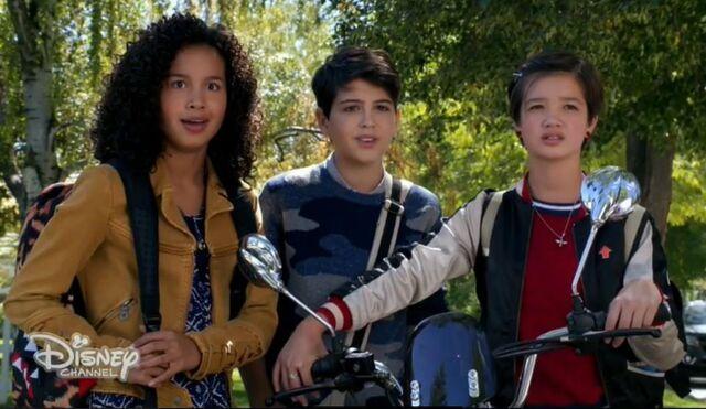 File:Andi, Buffy, Cyrus.jpg
