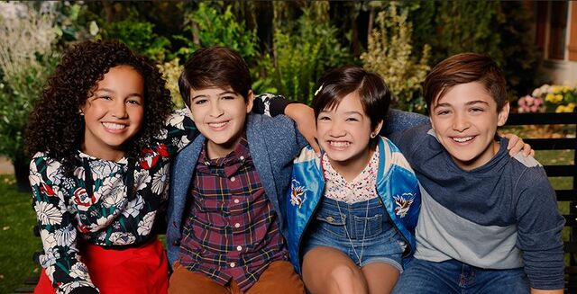 File:Andi Mack and Friends.jpg