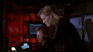 Wikia Andromeda - Beka and Harper searching
