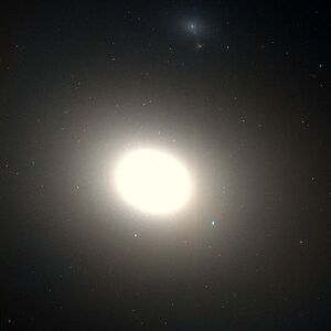 600px-Messier 86 Hubble WikiSky