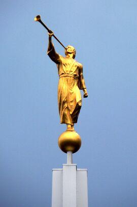 Statue of Angel Moroni