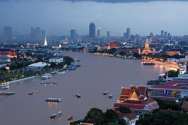 File:Chao-Phraya-River1.jpg