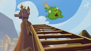 SNEEZY DOES IT KING PIG FALLING INTO STAIRS