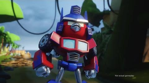 Angry Birds Transformers Comic-Con trailer-0
