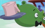 Свин-официант6