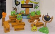 300px-Angry-birds-knock-on-wood-7-1-