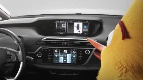 Citroën Grand C4 Picasso vs. Angry Birds