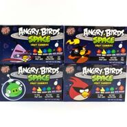 158163498 boxes-angry-birds-space-fruit-gummies-halloween-candy-