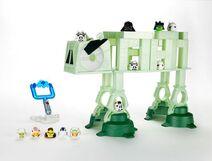 Hasbro-Angry-Birds-Star-Wars-AT-AT-Battle-Game-610x463