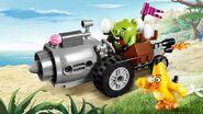 Lego-angry-birds-movie-Piggy-Car-Escape
