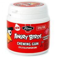 Fazer-angry-birds-chewing-gum-strawberry-eucalyptus z1