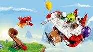 Lego-angry-birds-movie-Piggy-Plane-Attack