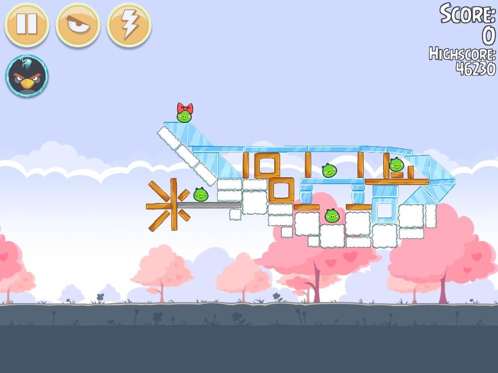 Angry Birds Chuck And Stella Kiss 57385   ENEWS