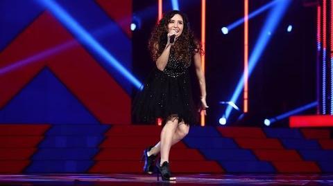 """Victoria chante le tube """"Shake It Off"""" (Shake It Off) sur le plateau de The Voice"""