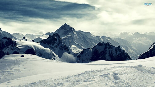 Snowy-mountains-wallpaper-11