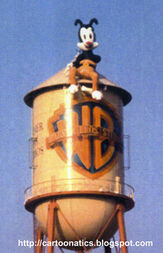 Yakko-on-the-water-tower