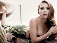 Scarlett Johansson (53)