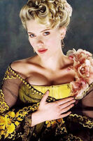Scarlett Johansson (72)