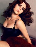 Scarlett Johansson (69)