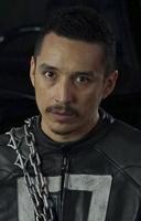 Roberto Reyes (5)