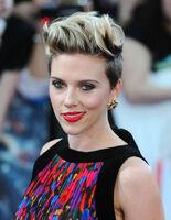 Scarlett Johansson (73)