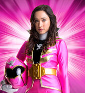 Super-Megaforce-Pink-Ranger-Emma