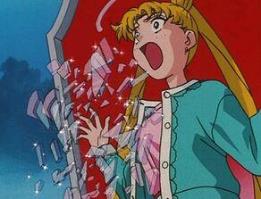 Usagi's 'Dream Mirror' is being broken 1