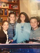 Brooke nevin shawn ashmore fan meet and greet March 1999