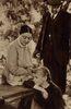 1934 Anne Marilla und Matthew im Garten