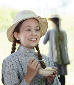 Anne mit Eis