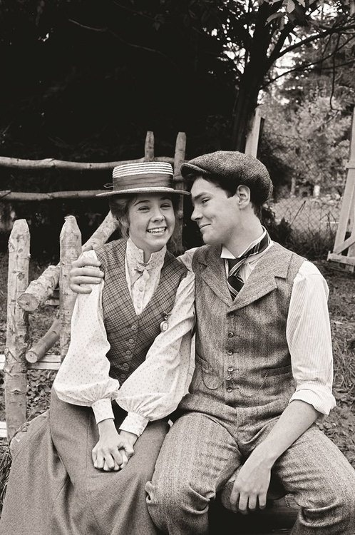 Anne and gilbert blythe