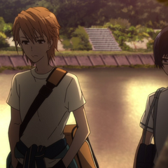 Naoya and Tomohiko head home after school.