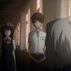 Chibiki talks to Kouichi and Mei.