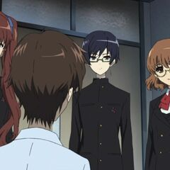 Yukari, with her fellow class rep, Tomohiko, and Izumi meet Kouichi at the hospital.