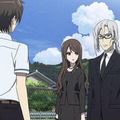 Mikami and Chibiki talking to Kouichi.