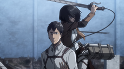 MikasaAttackiertBerthold