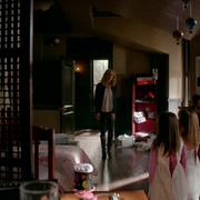814-017~Caroline~Josie~Lizzie-The Armory