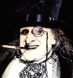 Danny DeVito als Oswald 'Pinguin' Cobblepot