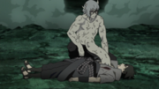 Kabuto heilt Sasuke